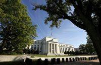 Pilihan Sulit Gubernur The Fed Jelang Penentuan Bunga Acuan