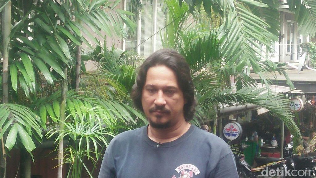 Bucek: Orang Indonesia Naik Motor di Eropa Pasti Selamat