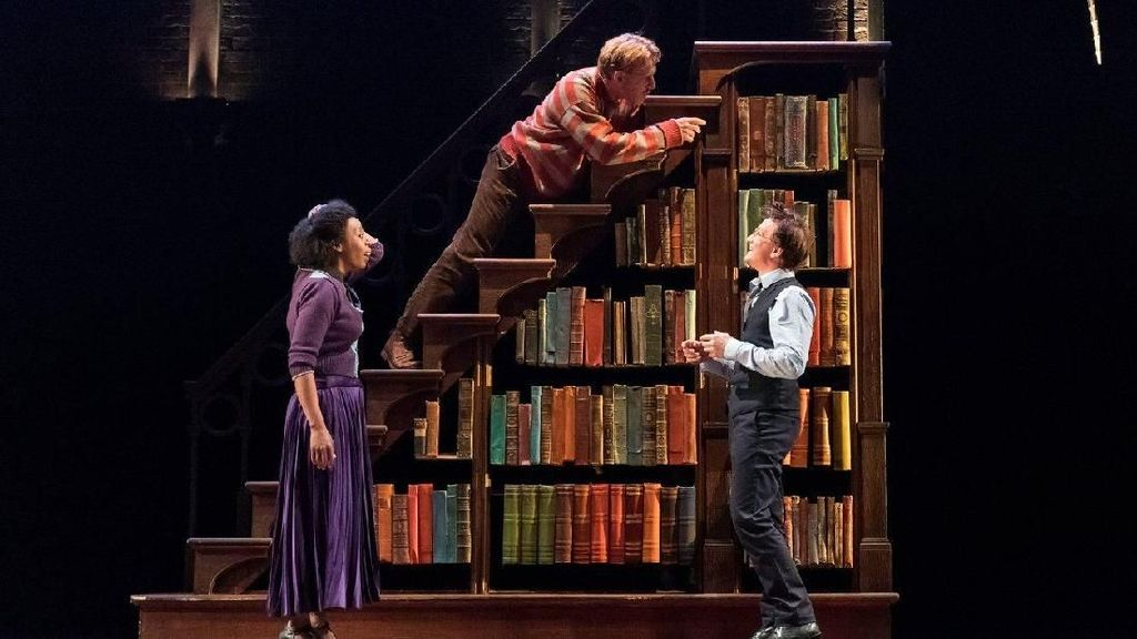Harry Potter and the Cursed Child Membaca Mantra di San Francisco