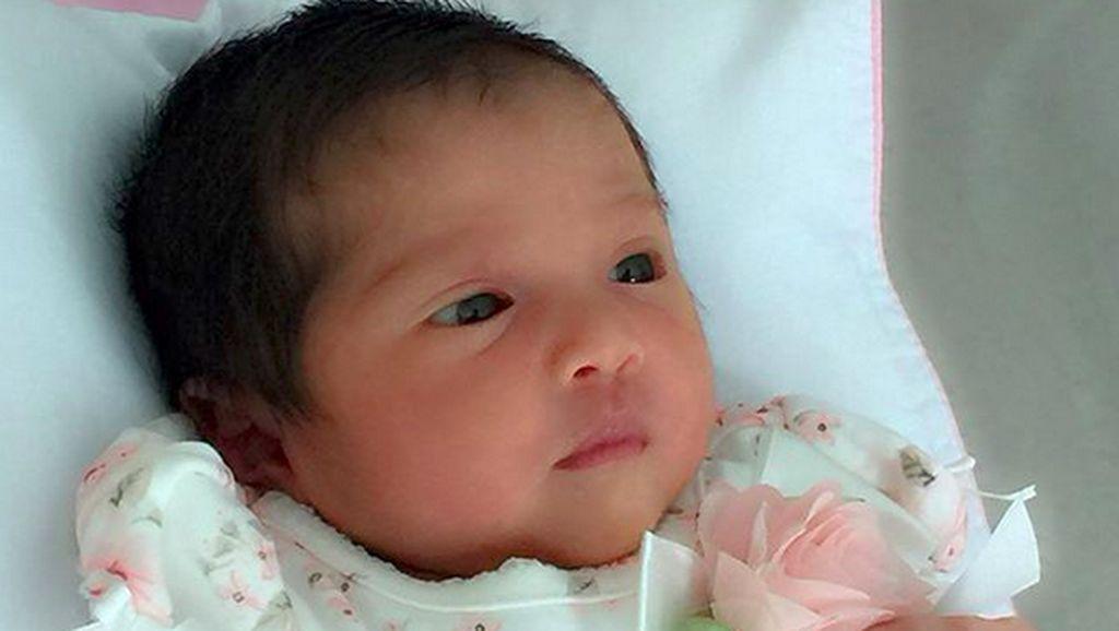 Imutnya Baby Kylie, Buah Cinta Andi Soraya dan Andi Ali