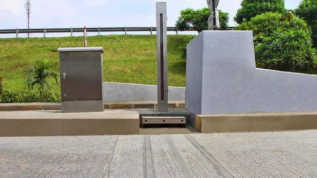 pengoperasian Weigh in Motion (WIM) di Gerbang Tol Cilegon Barat