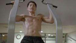Beberapa bintang K-POP ternama, baik itu penyanyi atau pemain film, gemar mengampanyekan gaya hidup sehat dengan rutin olahraga.