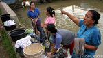 Melihat Beragam Aktivitas Warga di Kali Sipon Tangerang