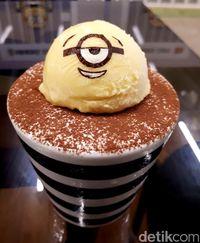 Minions Cafe: Ada Nasi <i>Cream Stew</i> dan Puding Serba Minion yang Menggemaskan