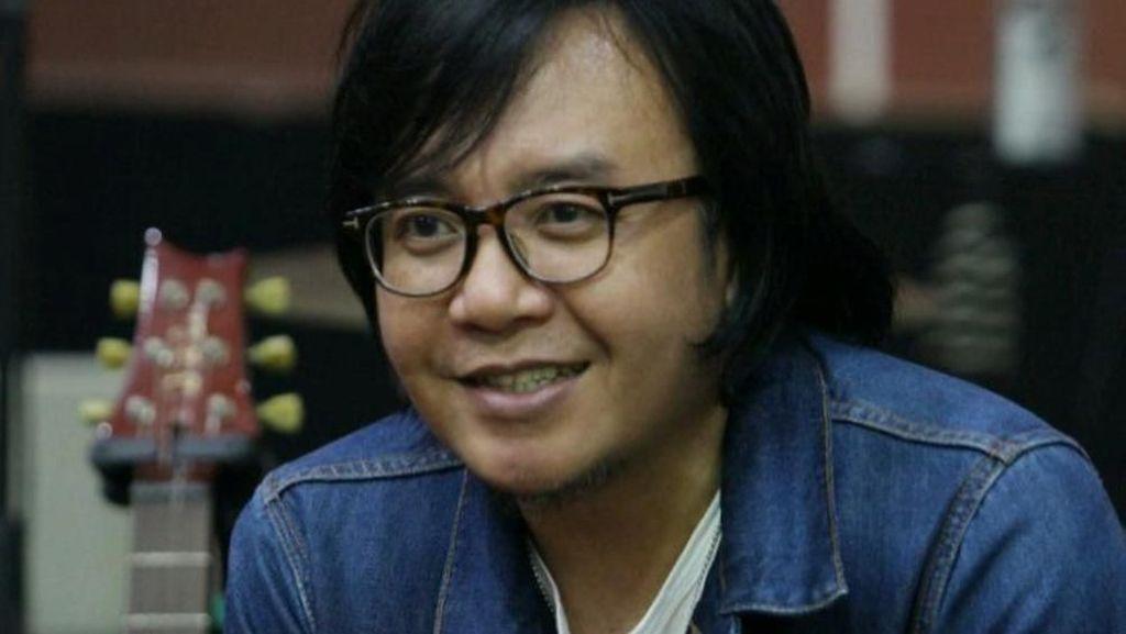Kenang Ari Lasso Pilih Mobil Saat Banjir Besar Jakarta