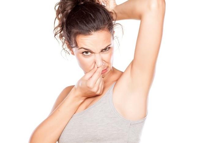 Ilustrasi menghilangkan bau badan secara alami. Foto: iStock