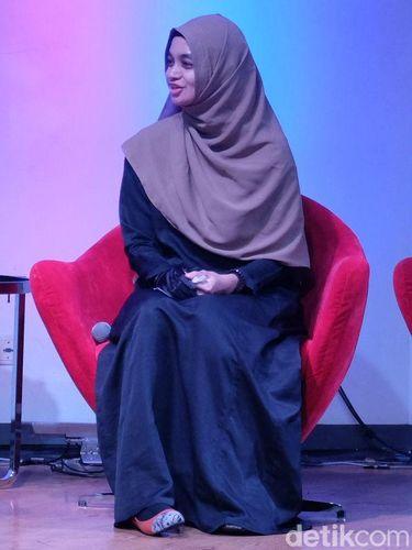 Keingintahuan Amaliah Begum Tentang Islam yang Membuatnya Mantap Pakai Hijab
