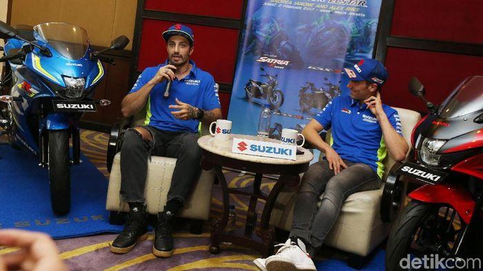Dua pebalap Suzuki Andrea Iannone dan Alex Rins (Ari Saputra/detikSport)