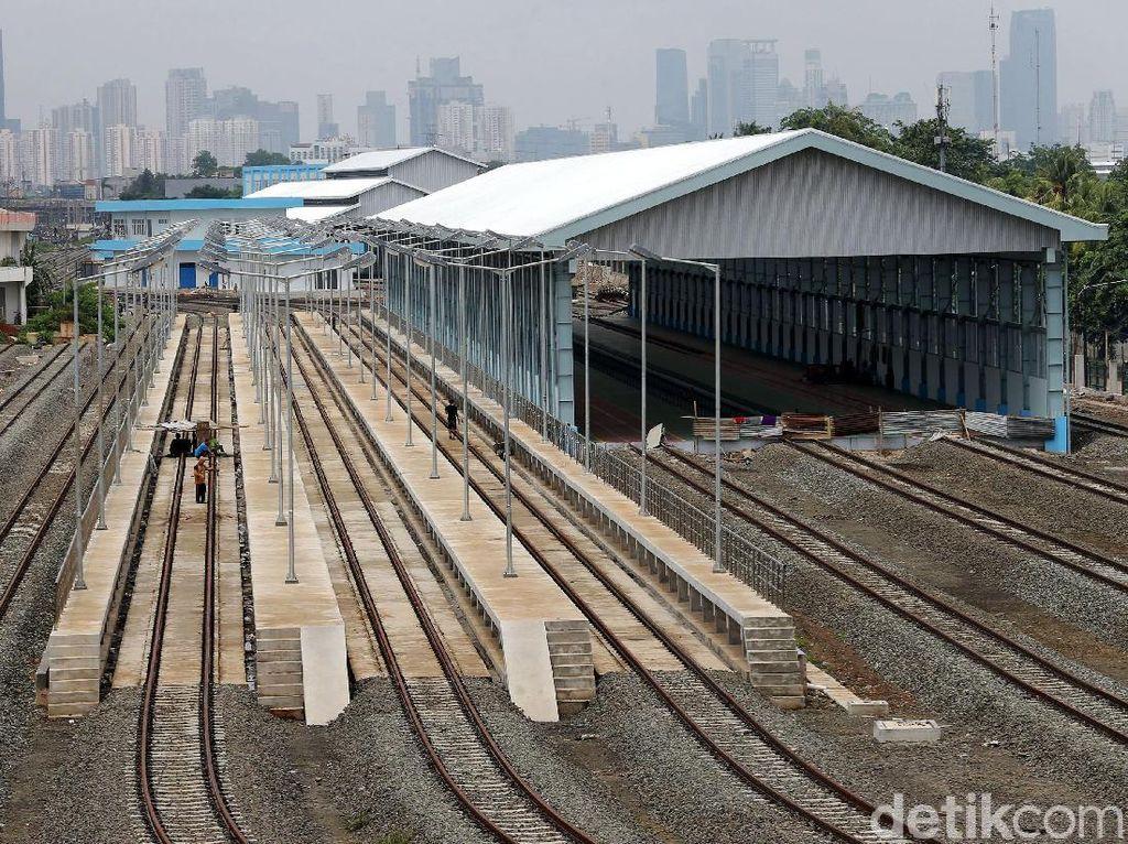 Kisah Stasiun Kereta Tua