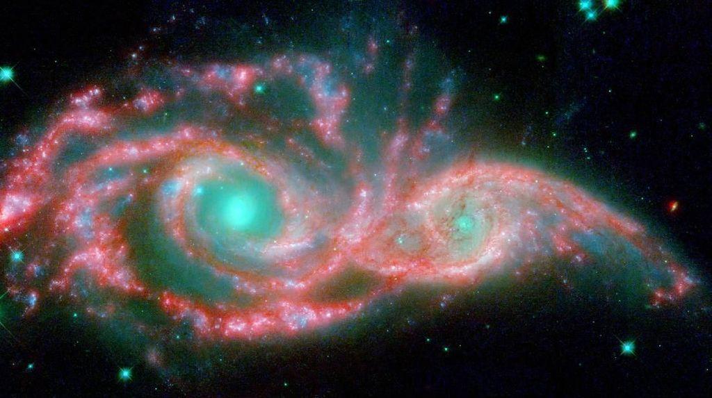 Deretan Galaksi yang Memukai Mata Manusia