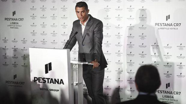 Cristiano Ronaldo gemar merawat tubuh secara berlebihan.