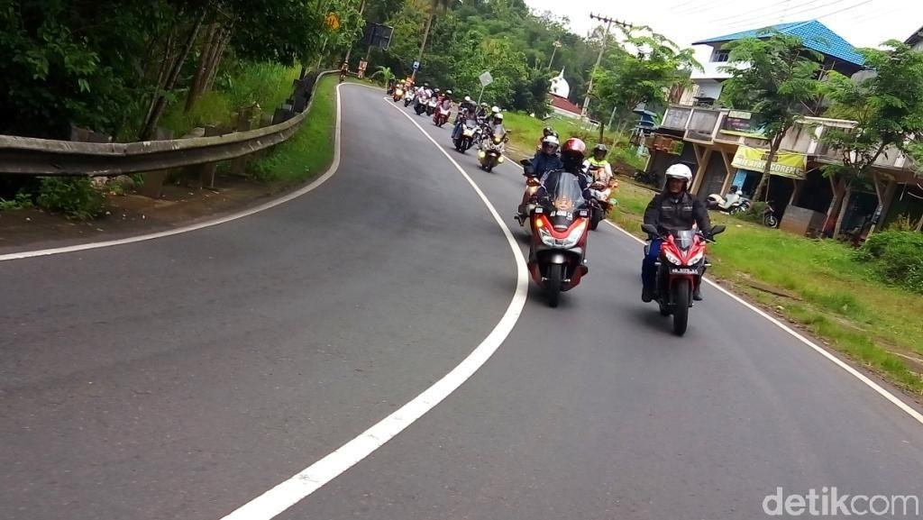 512 Bikers PCX Ngegas ke 9 Kota Lestarikan Wisata Indonesia