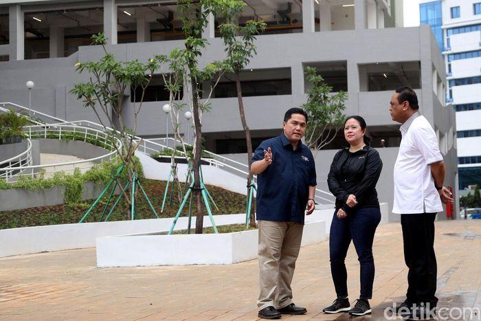 Menteri Koordinator Bidang Pembangunan Manusia dan Kebudayaan (Menko PMK) Puan Maharani meninjau Wisma Atlet Kemayoran sebagai persiapan Asian Games 2018.