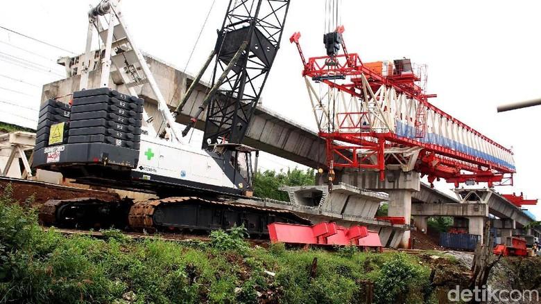 Ini Data 4 Korban Tewas Crane Jatuh di Jatinegara