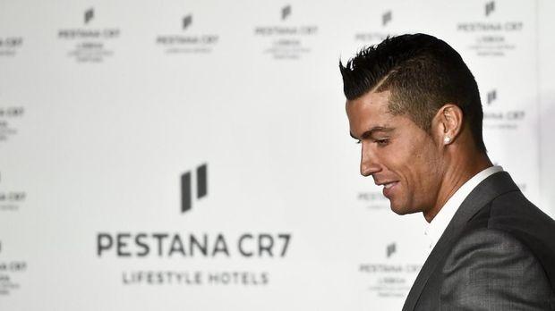 Cristiano Ronaldo terancam hukuman penjara karena kasus penggelapan pajak.