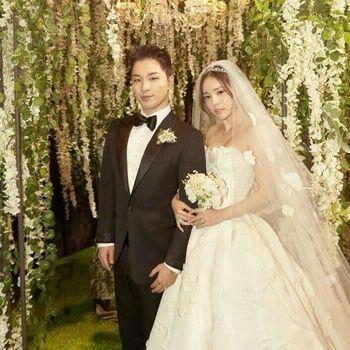 Nikahi Taeyang Bigbang, Min Hyo Rin Menawan Bergaun Oscar de la Renta