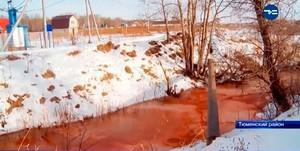 Misteri Sungai di Rusia yang Berwarna Merah Darah