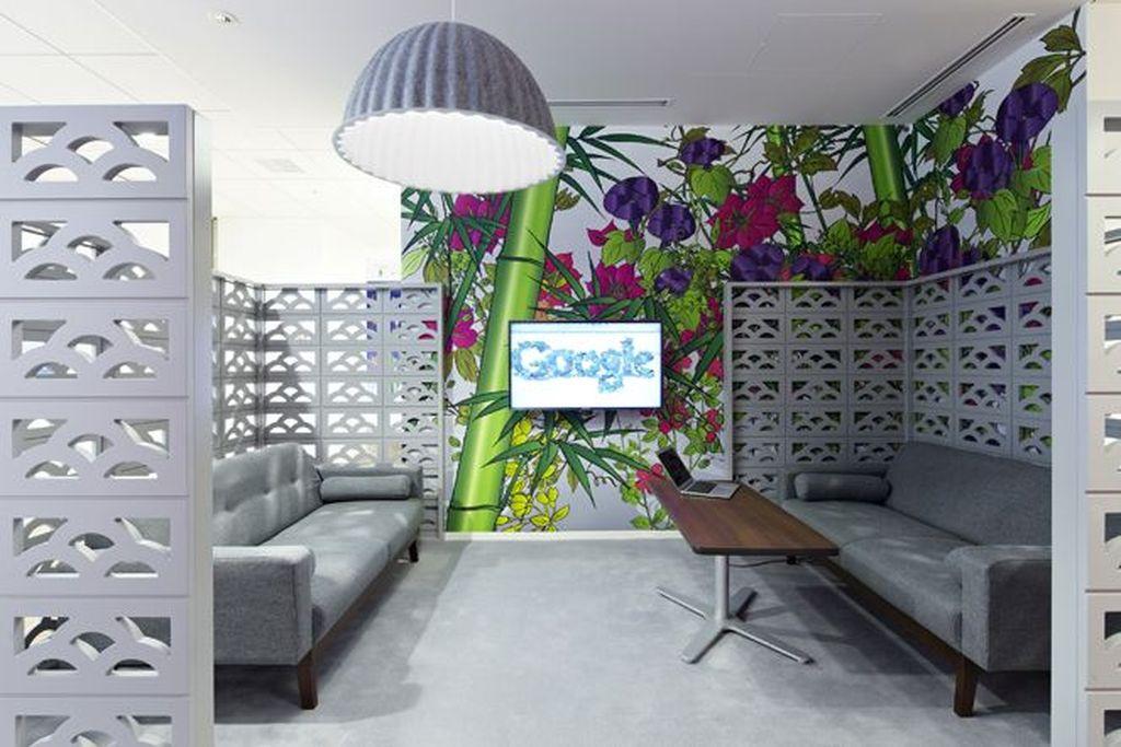 Director of Marketing dengan gaji tahunan USD 245.000 (Rp 3,6 miliar). Di posisi ini, kalian bertanggung jawab untuk memimpin kampanye marketing Google. Foto: Office Snapshot