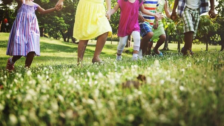Ide Seru Isi Liburan Anak: Mencoba Permainan Tradisional Betawi