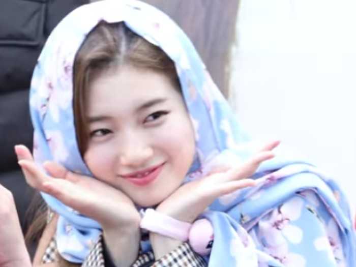 Suzy Bae pakai hijab