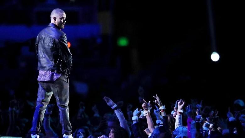 Netizen Tuding Justin Timberlake Tak Hargai Prince karena Ini