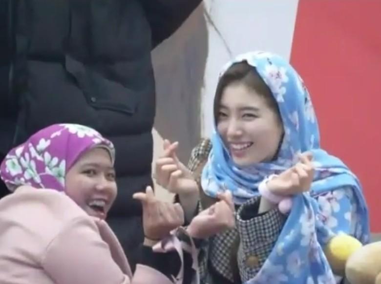 Cantiknya Suzy eks Miss A Tampil Berkerudung
