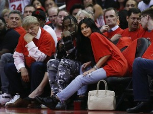 Kylie Jenner Sewa Taman Bermain untuk Rayakan Ultah Travis Scott