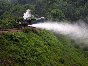Kisah Kereta Uap Terakhir di Pedalaman China