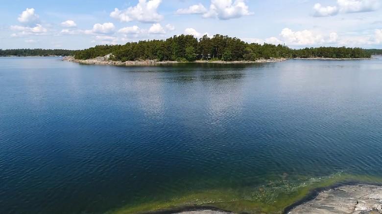 Pulau SuperShe di Finlandia (supershe.com)