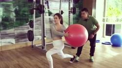Jelang road show film Eiffel Im In Love 2, Shandy Aulia dan Samuel Rizal olahraga bareng demi menjaga kebugaran tubuh tetap fit.