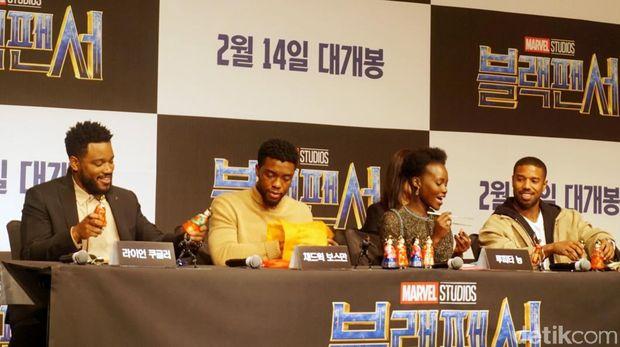 'Black Panther' Lebih dari Sekedar Superhero