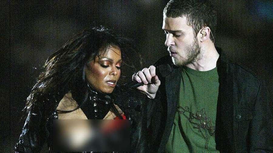 Saat Adam Levine Telanjang Dada dan Dikaitkan dengan Janet Jackson