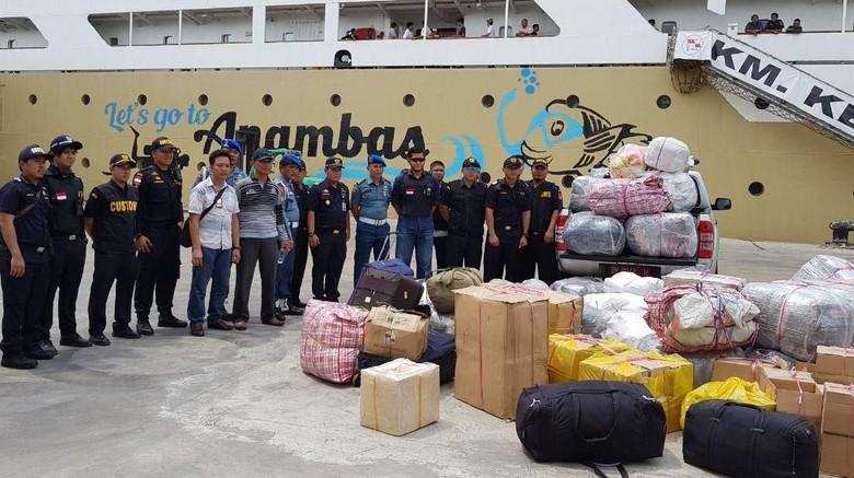 Jaga Perairan Belawan, TNI AL Amankan Barang Ilegal Penumpang