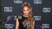 Saingi Rihanna, Jennifer Lopez Rilis 70 Produk Makeup Sekaligus