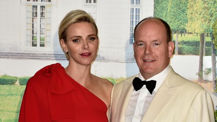 MONACO - MAY 10:  Prince Albert II of Monaco, Princess Gabriella of Monaco, Prince Jacques of Monaco and Princess Charlene of Monaco attend The Baptism Of The Princely Children at The Monaco Cathedral on May 10, 2015 in Monaco, Monaco.  (Photo by Pascal Le Segretain/Getty Images)