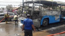 Bus Damri Hangus Terbakar di Depan Kampus IPDN Jatinangor