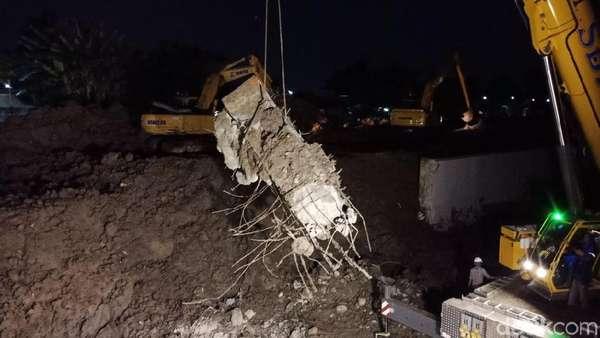 Kementerian PUPR Duga Longsor di Soetta Akibat Kegagalan Konstruksi