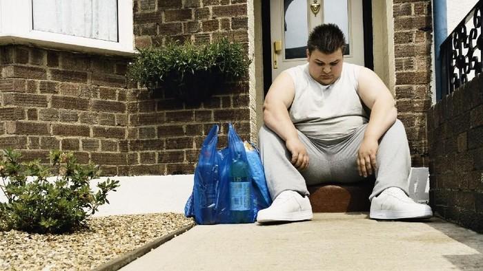 Tahukah kamu hanya 3 dari 10 orang yang sadar bahwa dirinya kegemukan atau obesitas? Jangan-jangan kamu adalah salah satunya. Foto: ilustrasi/thinkstock