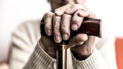 Kanker paru merupakan penyakit kanker yang menyebabkan kematian yang cukup tinggi. Ternyata selain rokok, beberapa hal ini juga sebagai penyebabnya.