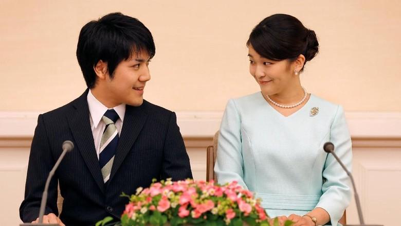 Putri Jepang Tunda Pernikahannya dengan Pria Biasa, Gara-gara Apa?
