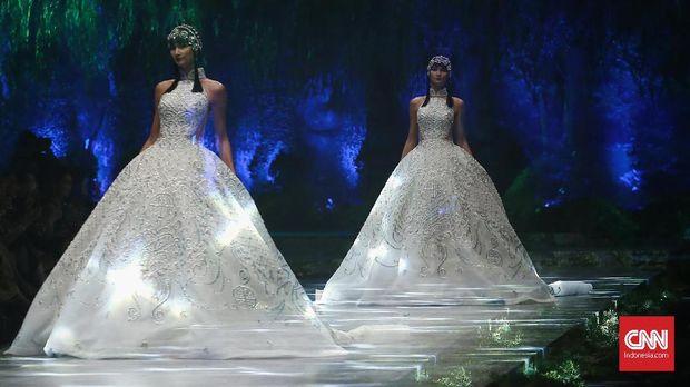 Gaun pengantin Sebatian Gunawan