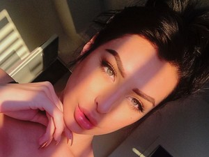Bintang Panas Transgender Mirip Gal Gadot, Sophia Latjuba Putus dari Ariel