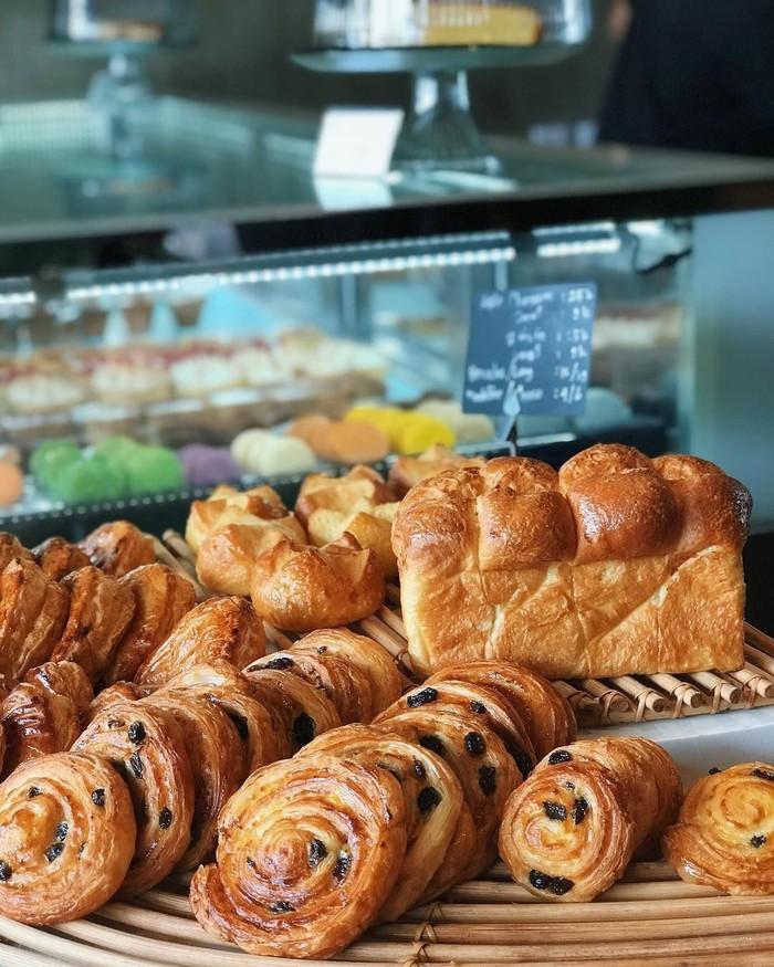 Lewat akun Instagramnya, citraciki, Ciki pernah pamer deretan pastry Prancis nih. Nampak danish bertabur kismis ada diantaranya. Nyam nyamm! Foto: Instagram citraciki