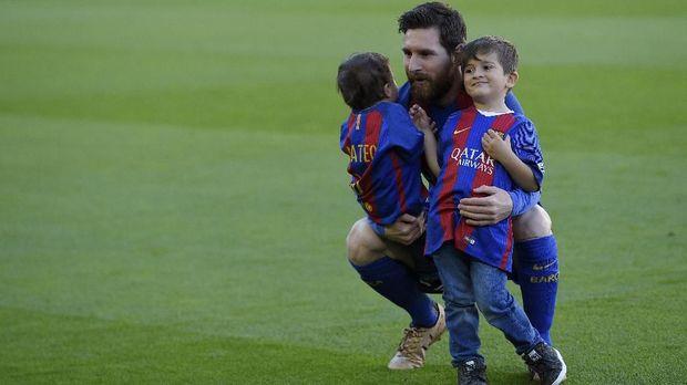 Lionel Messi khawatir panggilan Dewa bisa berimbas buruk kepada anak-anaknya.