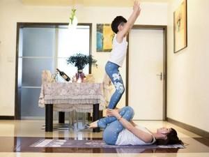 Wow! Bocah 7 Tahun Ini Raup Rp 215 Juta Jadi Instruktur Yoga