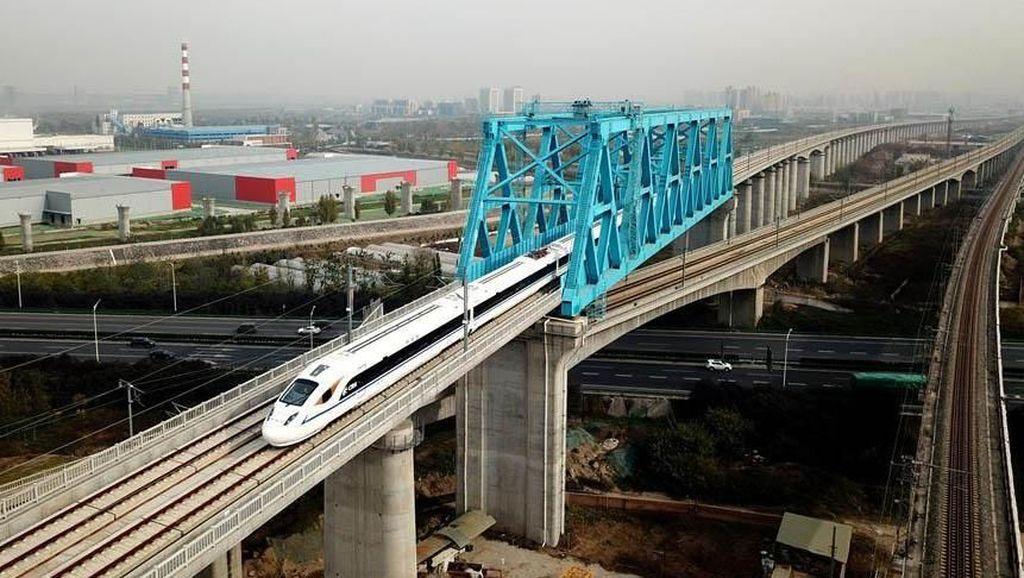 Bakal Ada Kereta Layang di Jakarta, Ini Rutenya