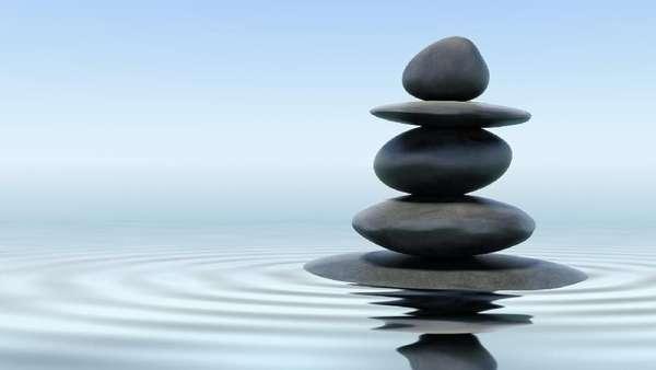 Rock Balancing Bisa Jadi Latihan Otak untuk Cegah Pikun
