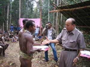 Dokter Tigor Silaban, Pilih Pedalaman Papua Ketimbang Pertamina