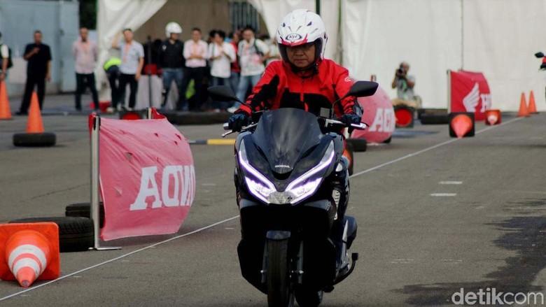 Test Ride Honda PCX Foto: Rifkianto Nugroho