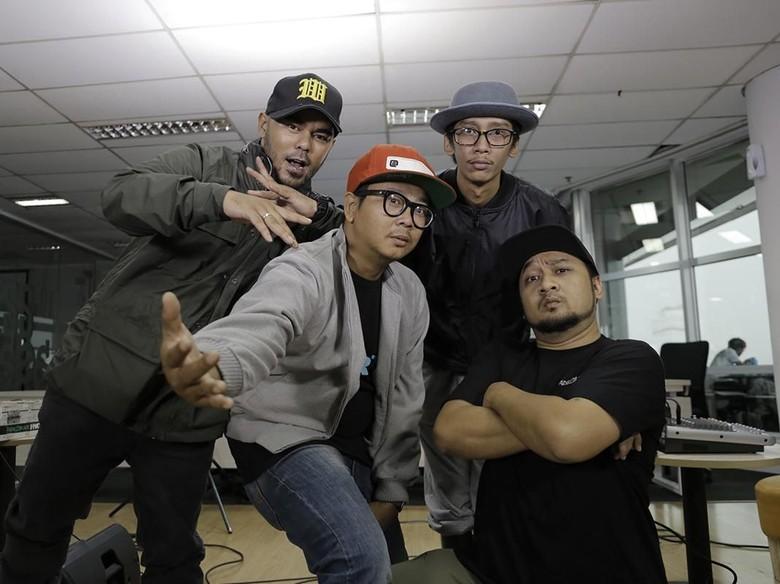 Fade2Black Manfaatkan Momentum Besarnya Skena Hip-hop?